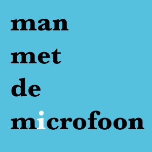 Man met de microfoon by Chris Bajema