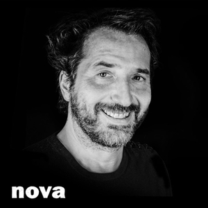 Plus près de toi by Radio Nova