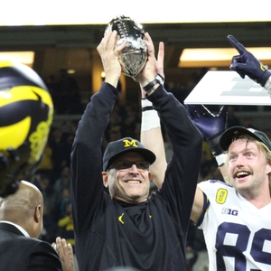 UMGoBlue.COM University of Michigan Wolverine Football Commentary by Phil Callihan