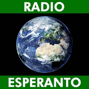 Radio Esperanto by Aleksander Korĵenkov & Halina Gorecka